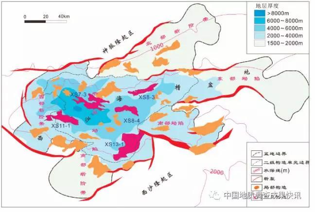1×104km2,是一个新生代深水沉积盆地,盆地经历了始新世—渐新世裂谷